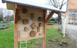 Das Insektenhotel im Garten von Schloss Martfeld